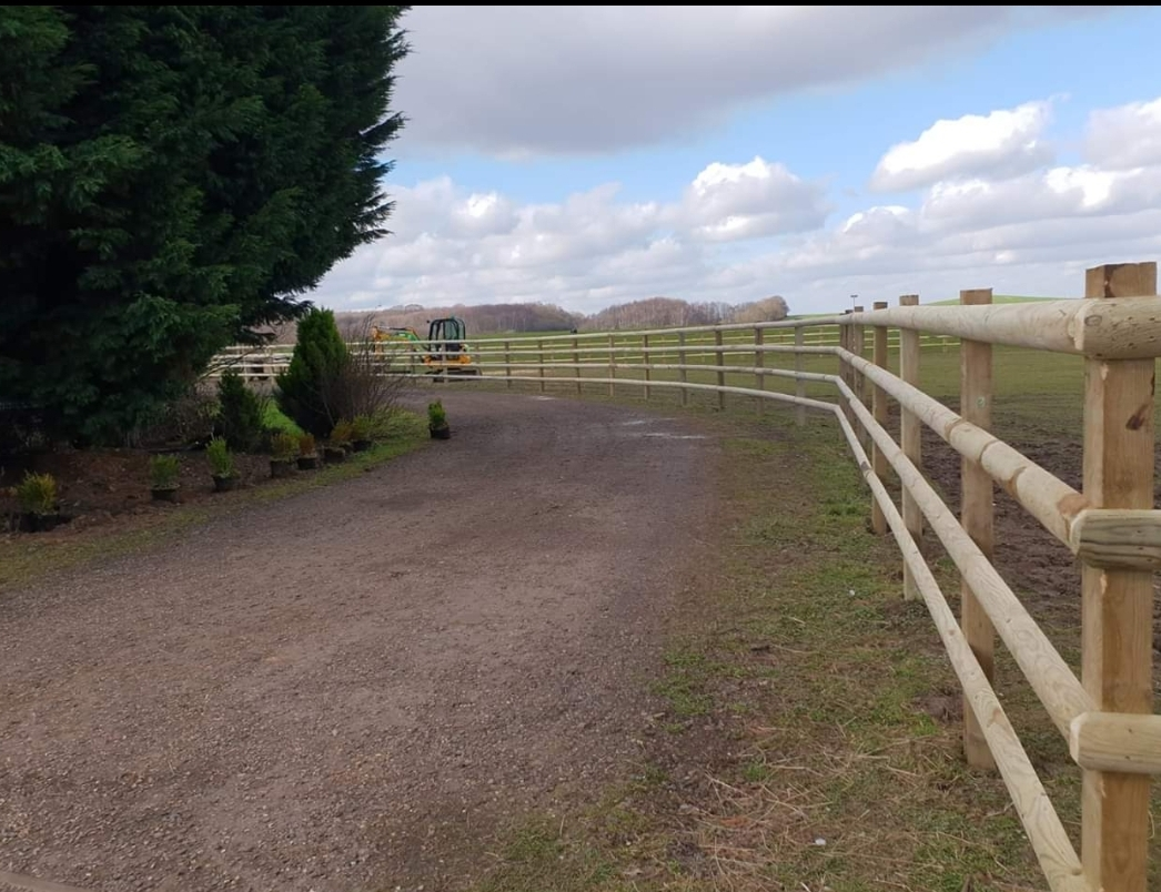 equestrian fencing in Kent
